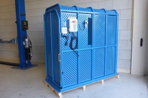 Cage de sécurité pour gonflage pneumatique Pour  pneus d'un diamètre de 165 cm et 80 cm de large REF : TIC200